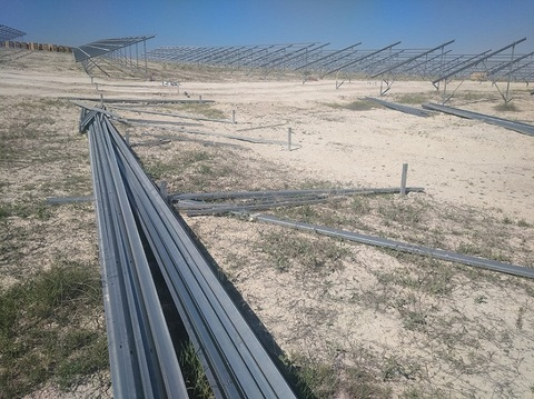 dmA - Montaje de Planta Fotovoltaica en Mula (Murcia) - Desarrollos Metálicos Asturias S.L.